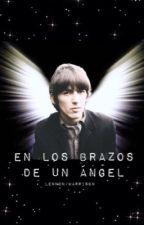 Entre los brazos de un ángel.  by shine_like_a_swine