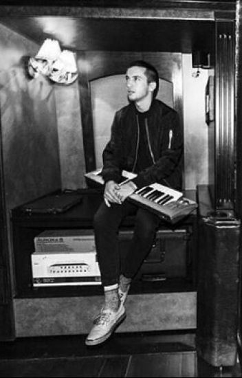 The prince (Tyler Joseph x Reader) COMPLETED