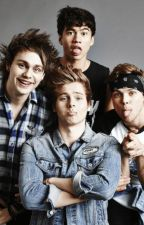Adoptada por 5SOS by lorenaJudith-02