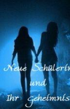 Neue Schülerin Und Ihr Geheimnis (GirlXGirl) by sweeetgirllove