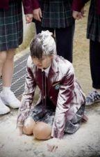 A Rapariga que sofria de bullying  by Nikikitty