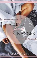 Falling For A Stranger - A Zayn Malik Fanfiction (Book 1) #Wattys2016 by Miss_Kick