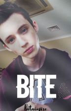 Bite; Troye Sivan [En Edicion] by peetainfire