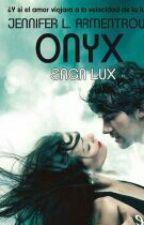 Onix - Saga Lux  by Sandraesjeyem