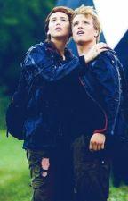 Katniss Everdeen: Hijacked by hiiiimegg