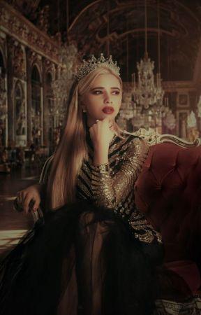 The Queen's Alpha by DarkShadows5