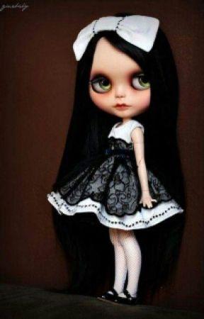 Dolls by RoxieOrtiz