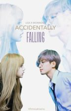 ACCIDENTALLY FALLING ; A Lisa x Wonwoo Fanfic (Seventeen x Blackpink) by LalisaaaJeon