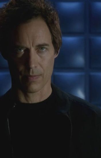 Harrison Wells X Reader