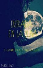 Distraída en la luna  by Virus_Otaku