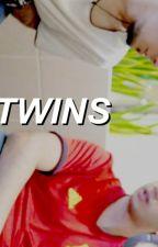 twins ; staxxby {pausada} by daddystaxx