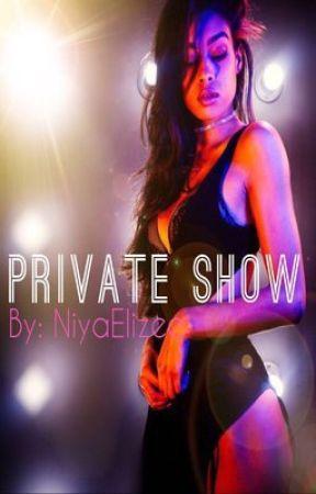 Private Show (August VS Chris LoveStory) by NiyaElizee