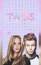 Twins by _dora_the_explorer_
