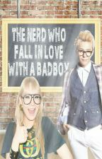 The Nerd Who Fall Inlove With A Bad Boy (GD & CL Fan Fic.) COMPLETE by malditaforevs8