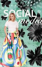 social media | elizabeth olsen | by iwatam