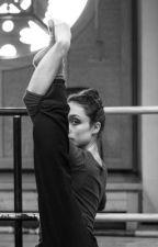 Danseuse espionnée(C.D et N.G) by Juju0130