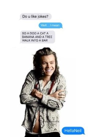 TEXTING HAZ by gimmeachonce