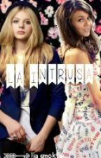 La Intrusa  by liasemokta