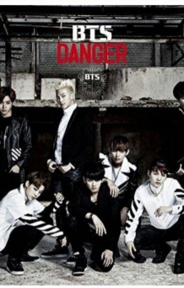My Seven Little Wolves (BTS x Reader)