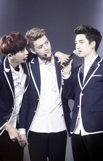 Sehun in the middle (CHANSOO)