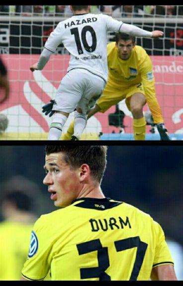 Erik Durm 37 - Thorgan Hazard 10
