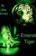 Emerald Tiger (BxGxB) ...Has Incest. by LittleHoney97