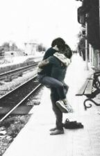 Train Station || Larry Stylinson by hazzaxloulou