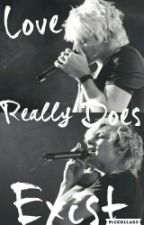 Love Really Does Exist  by R5family-rosslover