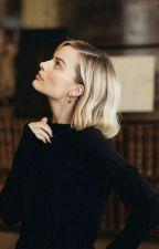 About Margot Robbie by HalseyMavisi