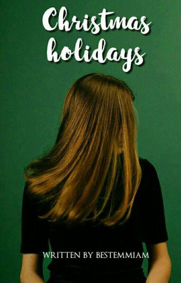Christmas holidays; Luke Hemmings