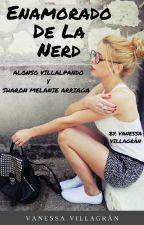 Enamorado De La Nerd by Sunhee_Soo