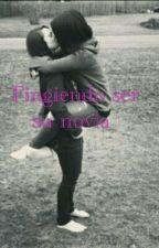 Fingiendo Ser Su Novia | Lesbianas  by its_susxnaa