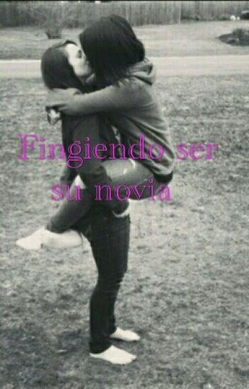 Fingiendo Ser Su Novia | Lesbianas.