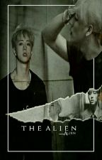 T H E ALIEN •finalizada by -Alixxn