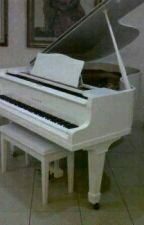 Piano by EmaknyaMahira