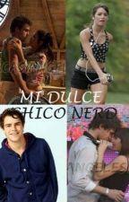 Mi Dulce Chico Nerd ❤️ [TERMINADA] by butesposito