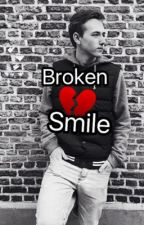Broken smile...||ft.de squad by altijdemily