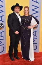 2016 CMA Awards 50 Red Carpet Pictures by Country-NASCAR-WWE