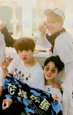 Love Triangle (YoonMinKook) +18 (Pausada)  by 7u7MinHolly7u7