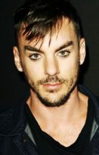 Not Quite Another Love Story (Shannon Leto) by RadioArsenic