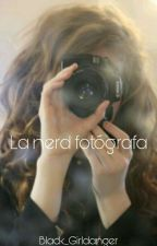 La Nerd Fotografa by Black_girldanger