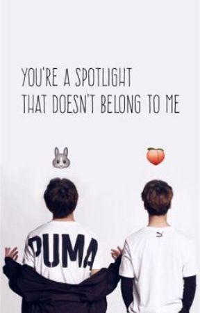 You're a spotlight that doesn't belong to me by kookietaedoolyy