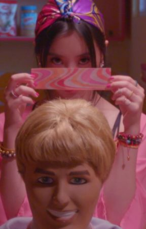 pretty girl ✆ hong jisoo by -marionette