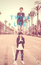 Twins life by mina-minze