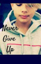Never Give Up S.J by VictoriaXXVictoria