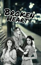 Broken Heart  by lagkage9120