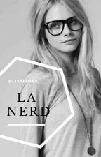La nerd es emo 💀 by lissruiz9