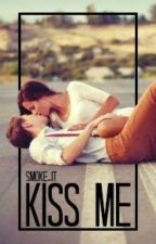 Kiss me by Smoke_it