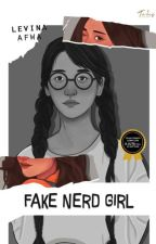Fake Nerd Girl by OrangeLaa
