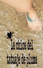 La chica del tatuaje de pluma  by paowriter09